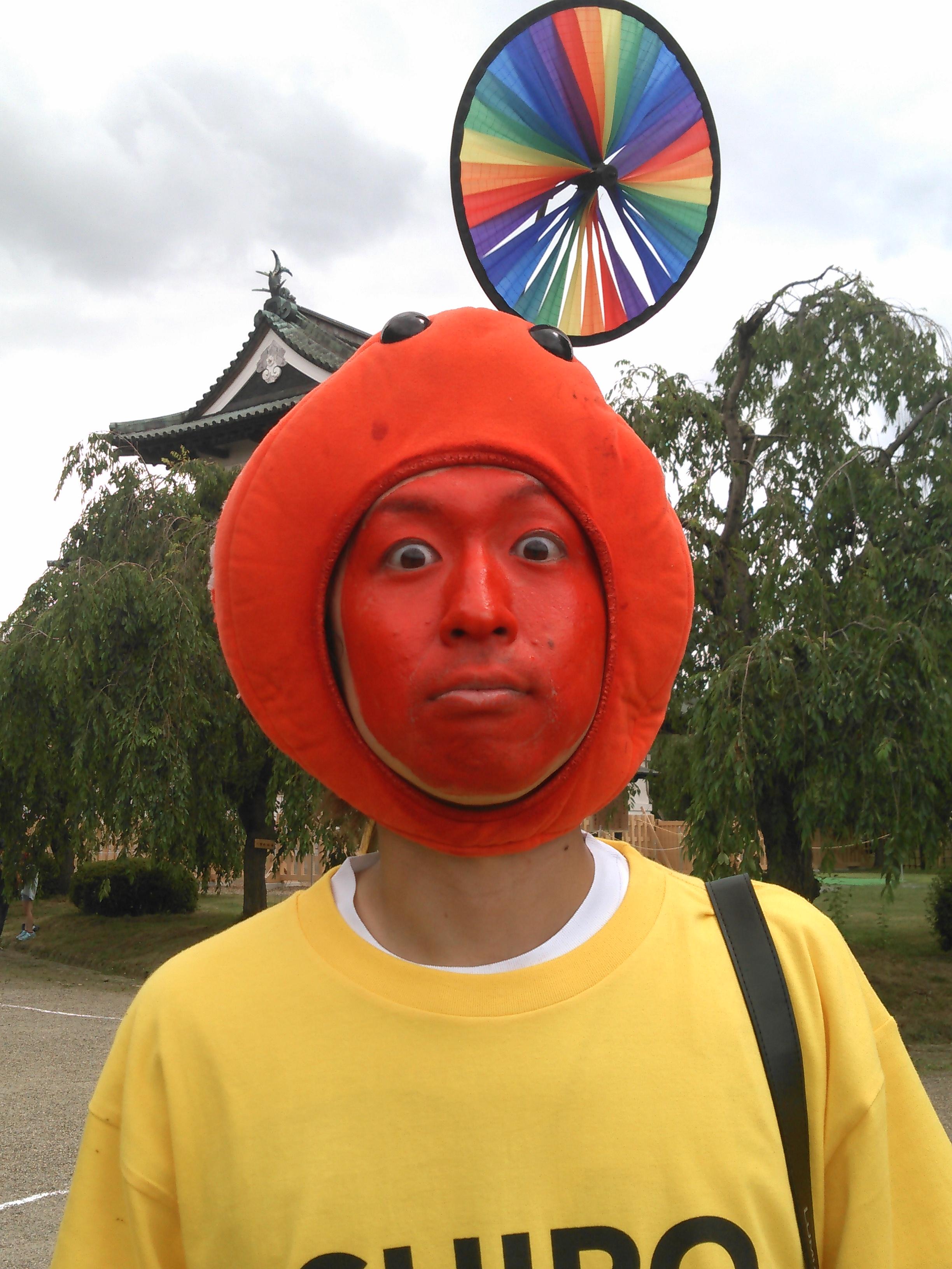 弘前の生キャラ りんご飴マン