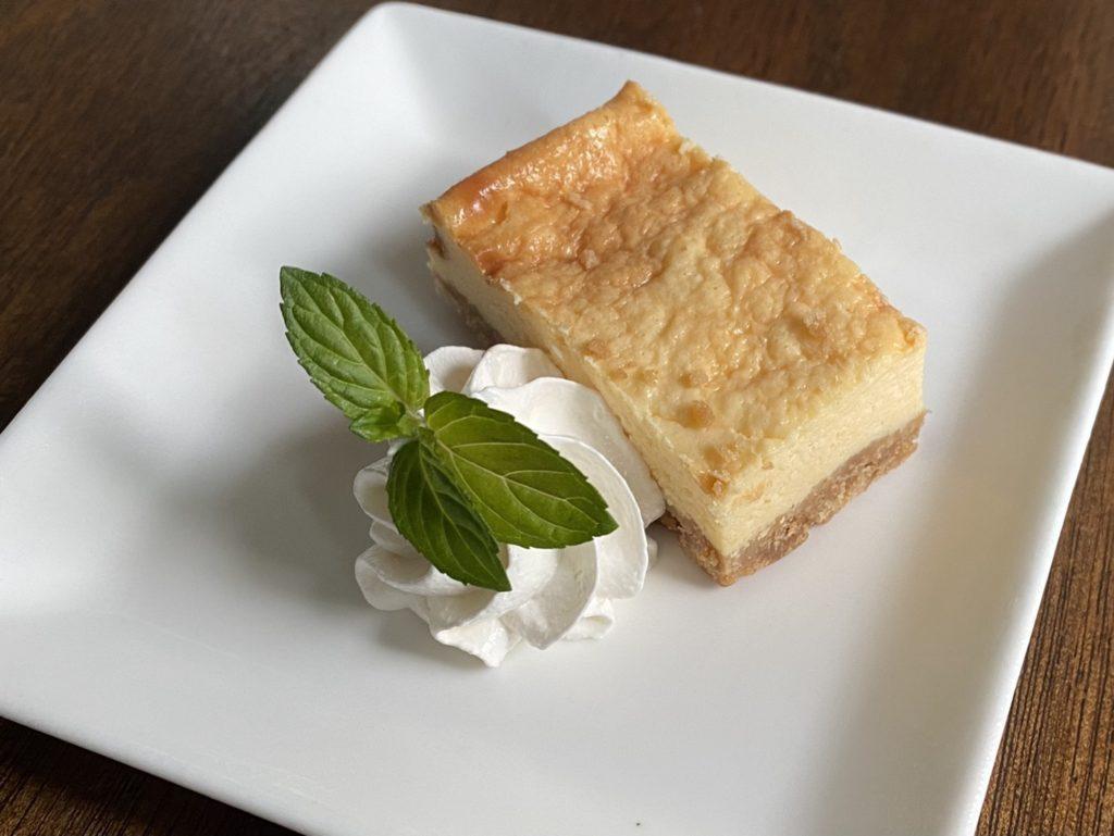 弘前PastaYaのチーズケーキ