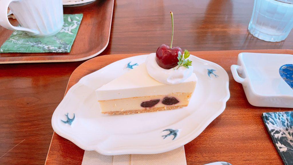 つばめ喫茶室のダブルチーズケーキ